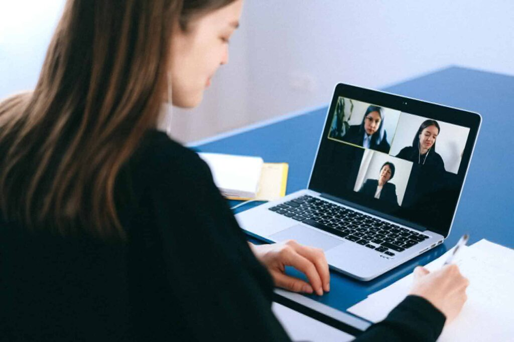 Tips To Attract And Hire Remote Employees
